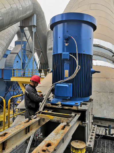 Permanent magnet motor of flour separator in a cement plant